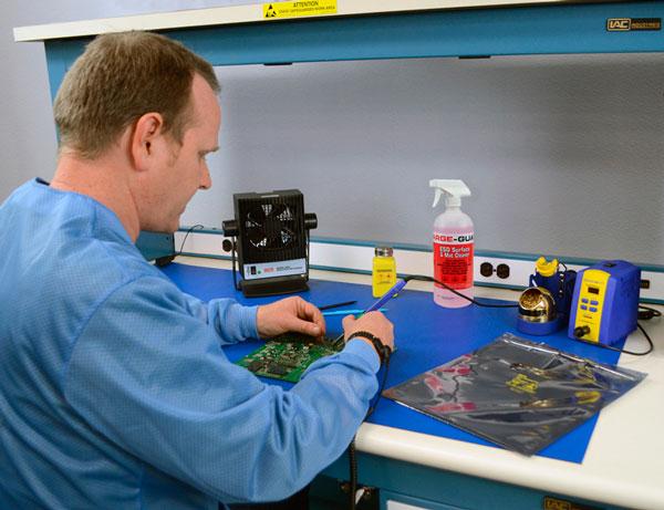 Soluciones antiestatica para laboratorios